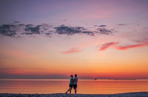 夕日と恋人