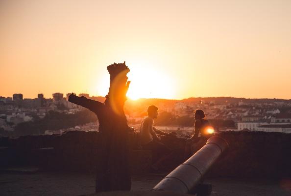 恋人と夕日