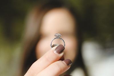 女性 指輪